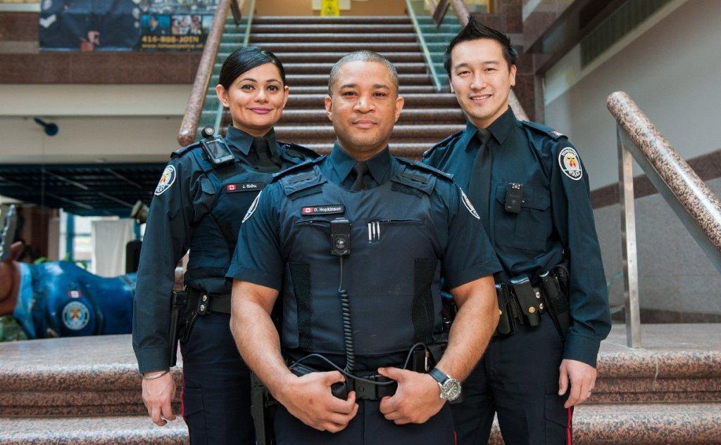 BÂTIR UN RAPPORT DE FORCE FACE À LA POLICE